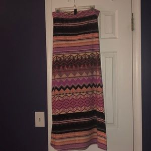 Aztec maxi skirt small medium